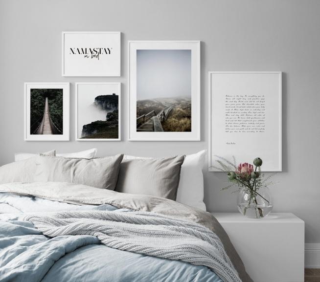 Galleria a parete in camera da letto. Arredamento e quadri per la ...