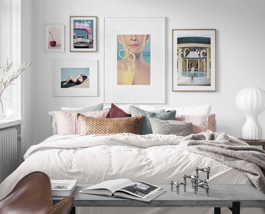 Galleria a parete in camera da letto. Arredamento e quadri ...